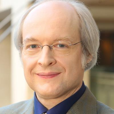 Dr. Jakob Nielsen - https://www.nngroup.com/people/jakob-nielsen/