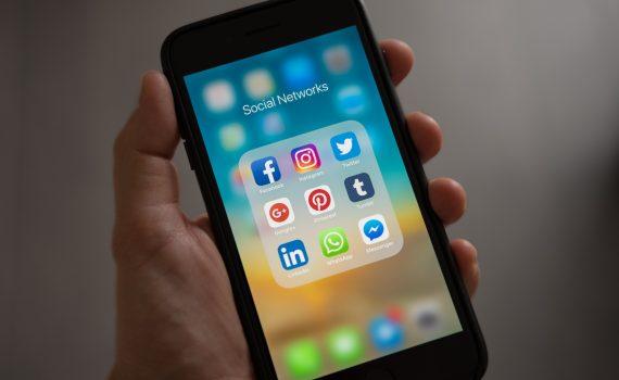 Pexels - Social Media